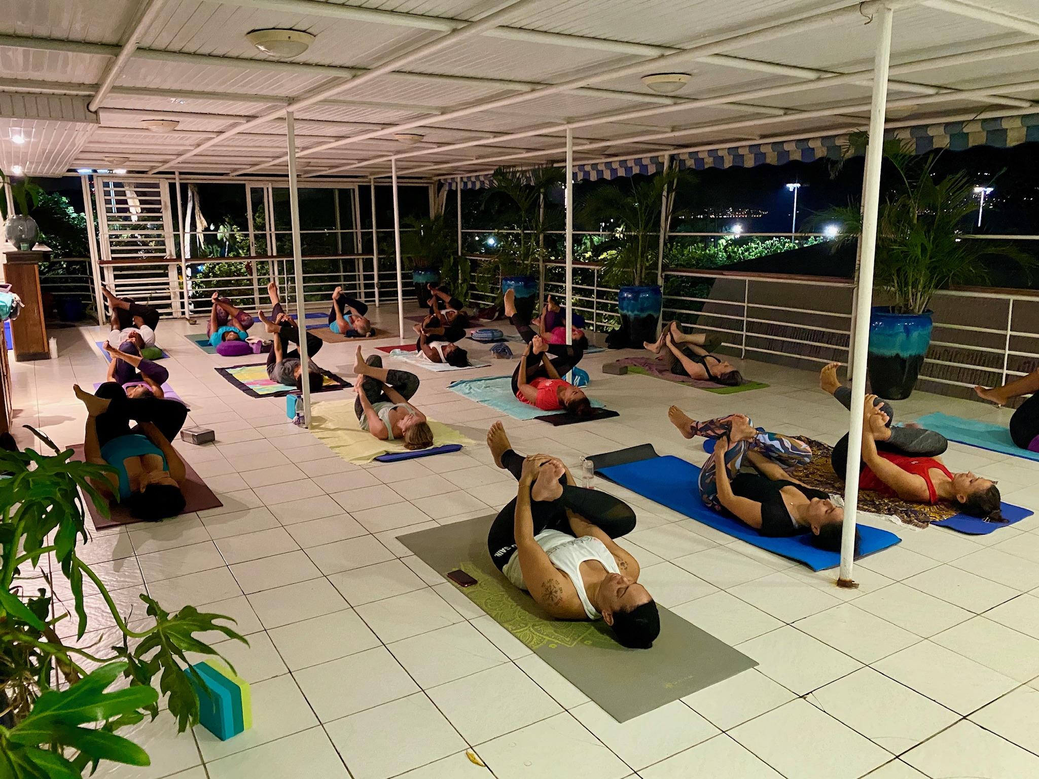 Cours de Yoga en présentiel Fort-de France - Yoga Life West Indies
